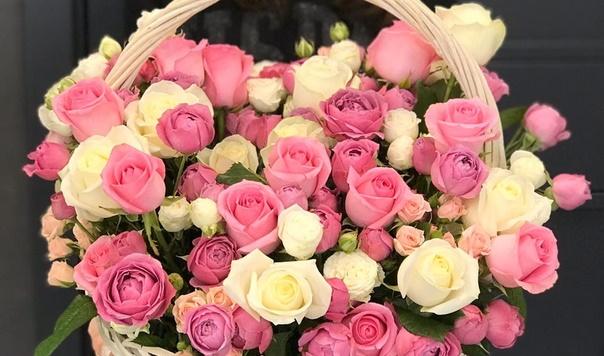 Корзина цветов «Воздушный поцелуй»
