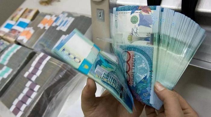 «МиГ Кредит Астана» предлагает займы с процентной ставкой от 30 до 56% годовых под залог автотранспорта и недвижимости.