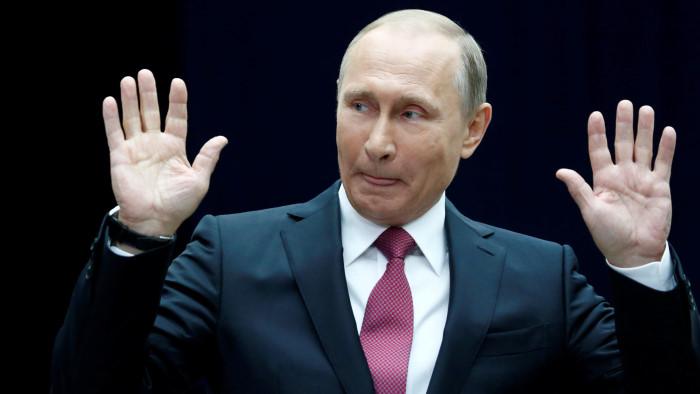 Владимир Путин начинает подымать российский рубль