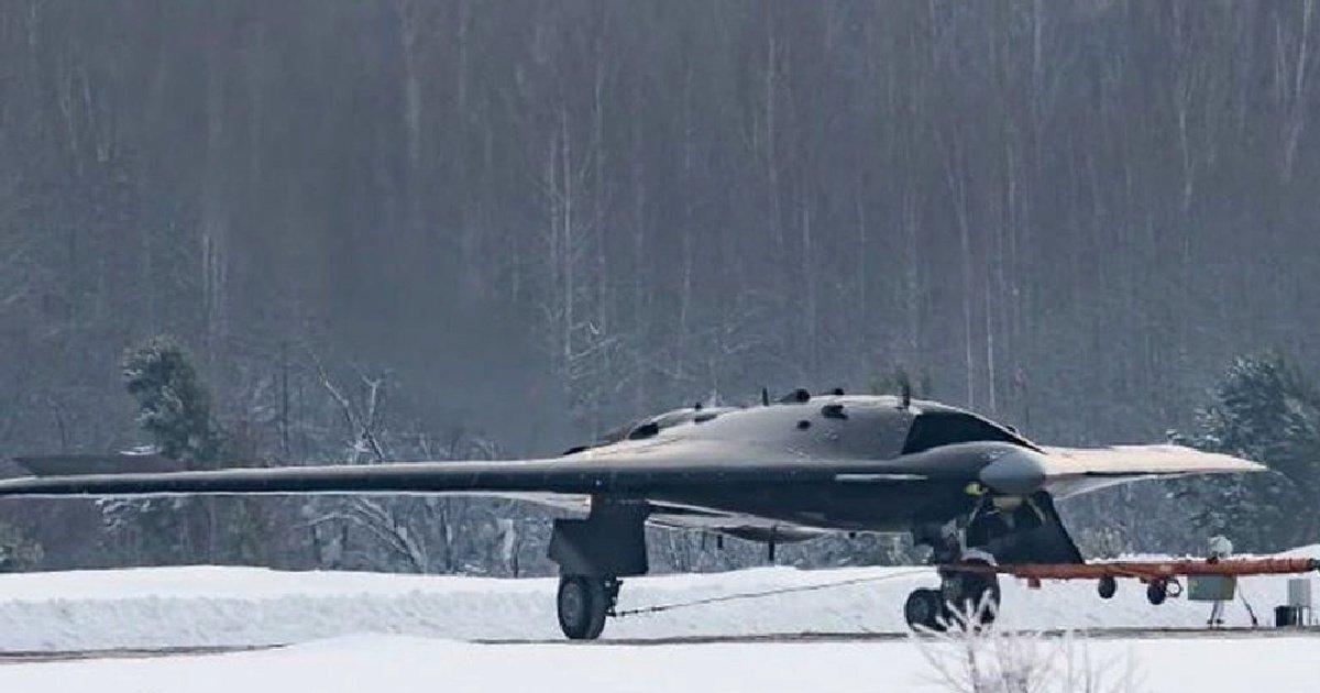Российский БПЛА С-70 «Охотник»