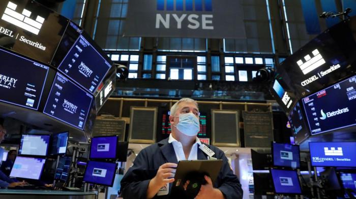Apple потерял $77 млрд капитализации