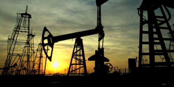 Цены на нефть поддерживают российский рынок акций