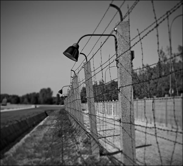 1Министр обороны Украины: все жители Донбасса будут помещены в фильтрационные лагеря
