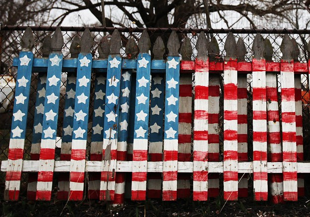 США ввели санкции против ВЭБа, Газпромбанка, Роснефти и Новатэка