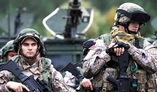 НАТО тренирует 40-тысячную армию для войны с Россией