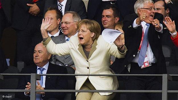 Ожидает ли Ангелу Меркель судьба Виктора Януковича?