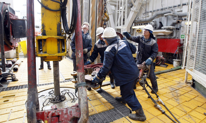 Чем обернется для России глобальный передел нефтяного рынка