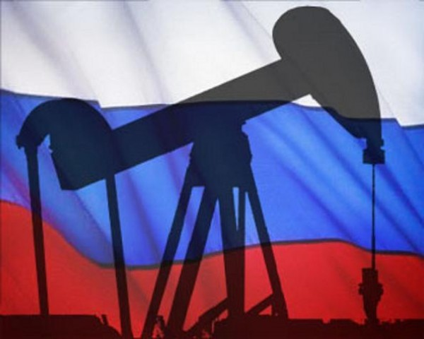 Россия может снизить добычу нефти для поддержания цены
