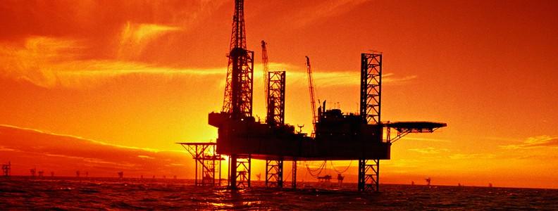 ОПЕК близка к компромиссу по сокращению добычи нефти на 300 тыс. барр. в день