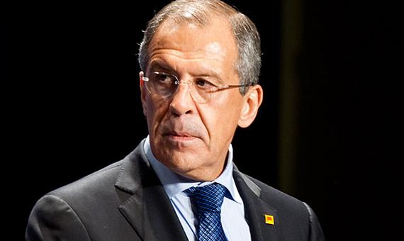 Лавров: Запад 25 лет тащил Украину в кризис, а теперь бегает по миру и просит поддержать санкции