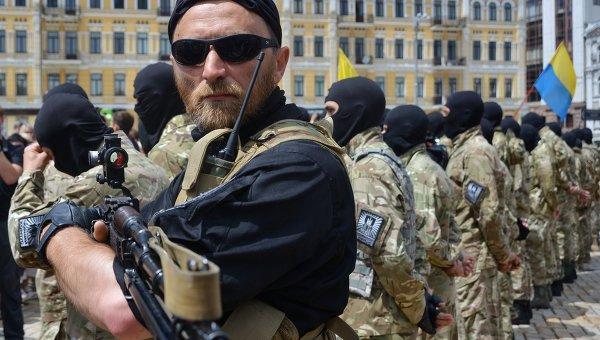 Харьков: Экономика летит в пропасть, всех недовольных ждут БТРы