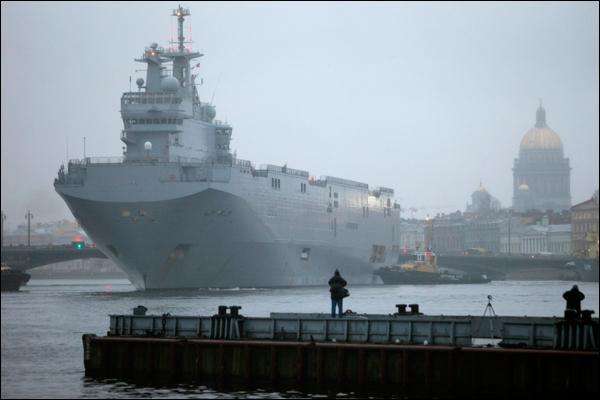 """Франция будет должна три млрд евро за невыполнение контракта по """"Мистралям"""""""