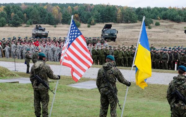 НАТО толкает Украину к этнической чистке Донбасса