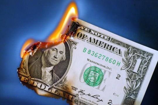 Смерть доллара - на конце «иглы»…
