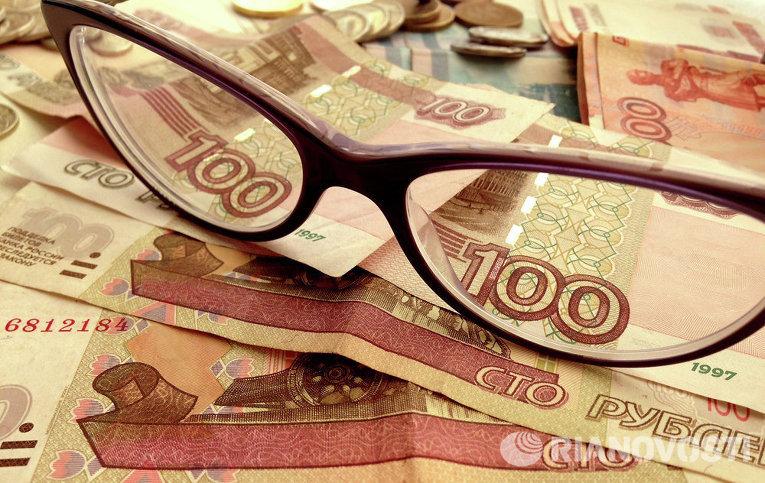 Решение ОПЕК толкнуло рубль в сторону исторических минимумов