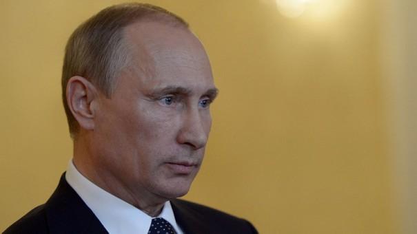 Владимир Путин остается