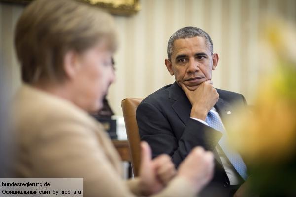 Обама отчитал Меркель за желание отменить санкции против России
