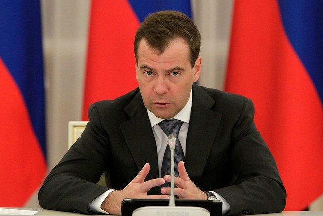 Дмитрий Медведев пригрозил Украине поднять цену на электричество