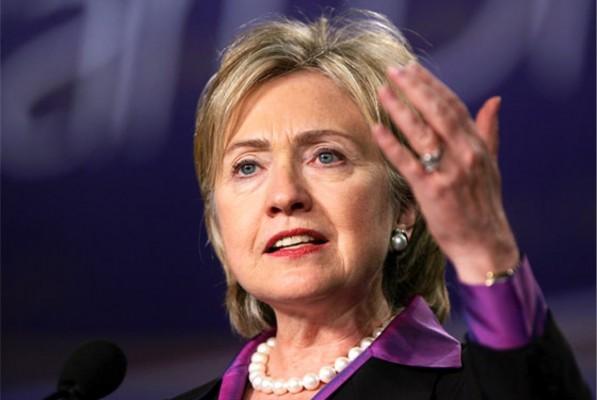 """Хиллари Клинтон: """"Сила и решимость - единственный язык, который поймет Путин."""""""