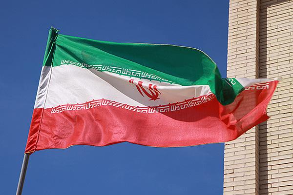 Чем снятие санкций с Ирана выгодно России