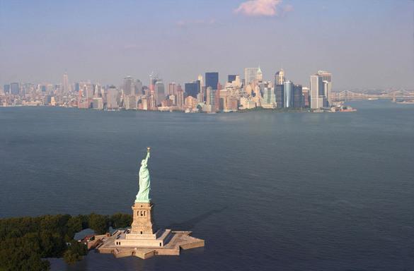 ЦРУ поставила США на третье место в мировой экономике