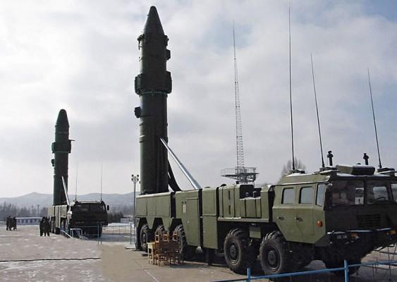 Ракеты DF-21D на стартовой позиции.