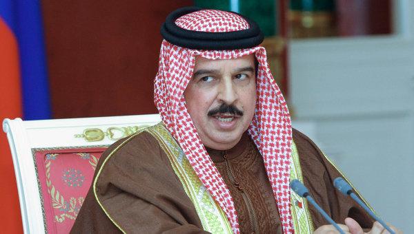 Король Бахрейна предпочел конное шоу саммиту с Обамой