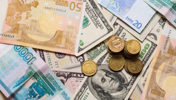 Доллар США продолжает дорожать на сообщениях из Японии и Греции