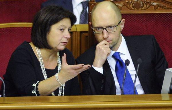 Страшные цифры, скрываемые от украинцев накануне дефолта