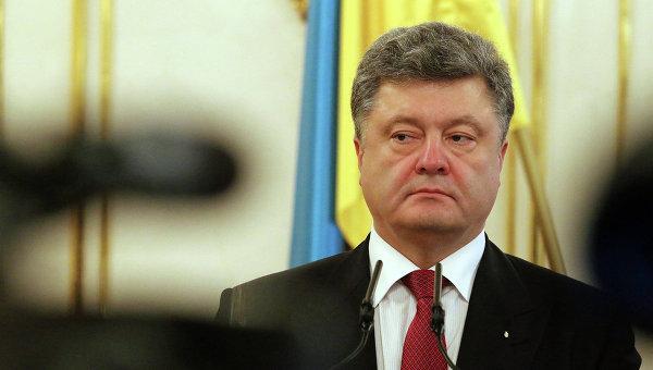 Порошенко утверждает, что Россия поставила ополченцам Донбасса 500 танков