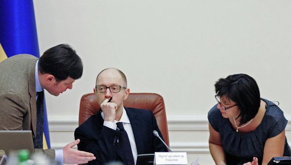 """Майкл Хадсон: позиция Киева по своему долгу России """"неслыханная"""""""