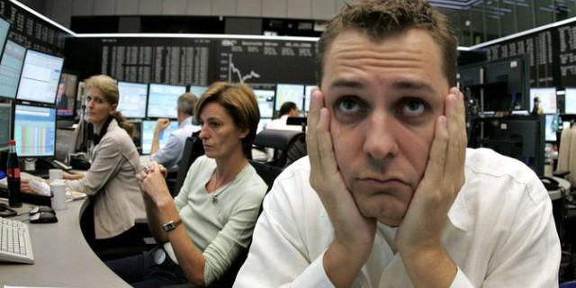 Индекс Dow Jones рухнул на 1000 пунктов на открытии торгов в СЩА
