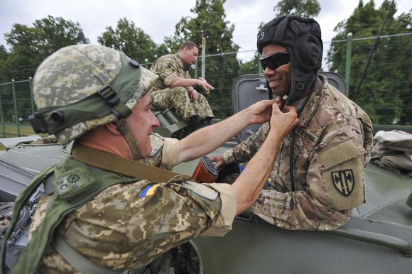 UKRAINE-MILITARY-EXERCISES_1438181535996224