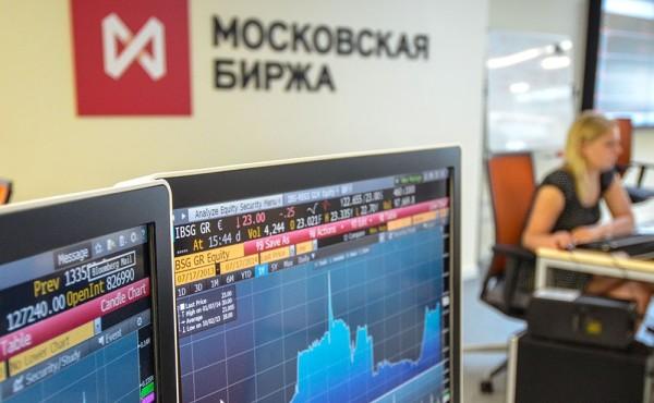 Российский рынок акций закрылся в плюсе на фоне роста цен на нефть