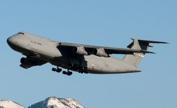1441935530_lockheed-c-5-galaxy