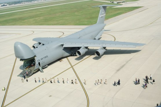 1441935535_lockheed-c-5-galaxy1