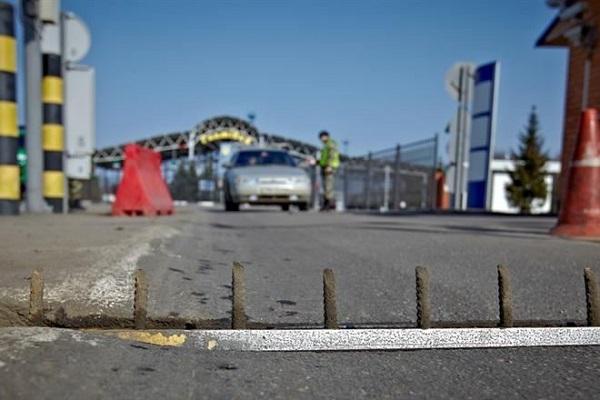 О транспортно-продовольственной блокаде Крыма со стороны Украины