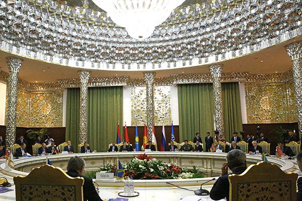 Сессия Совета коллективной безопасности ОДКБ в Таджикистане