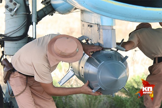 По словам главкома ВКС, с поставкой боеприпасов для авиаударов - полный порядок.