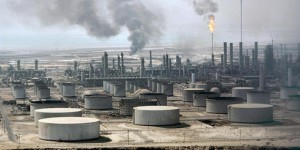 """Саудовская Аравия вытесняет конкурентов на рынке нефти, но готова лишь на """"короткий забег"""""""