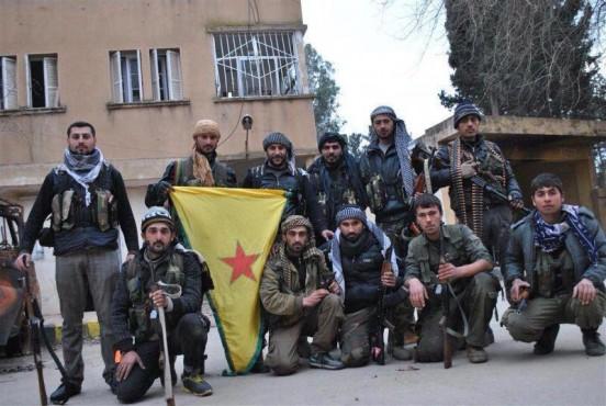 Курдские отряды в районе освобожденного на днях аэродрома Миннег