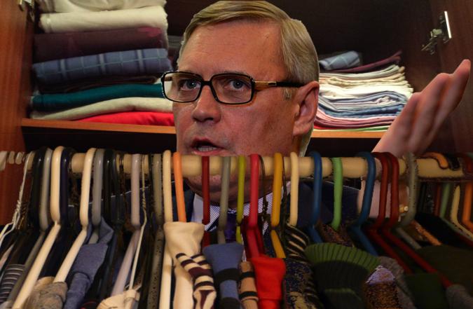 Михаил Касьянов более шести часов просидел в гардеробе