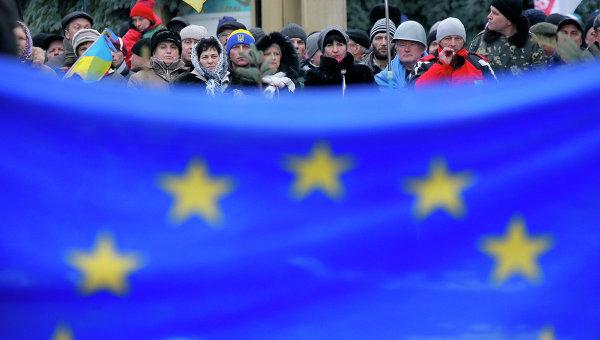 """WSJ: в Европе задумываются, нельзя ли """"сбыть Украину с рук"""""""
