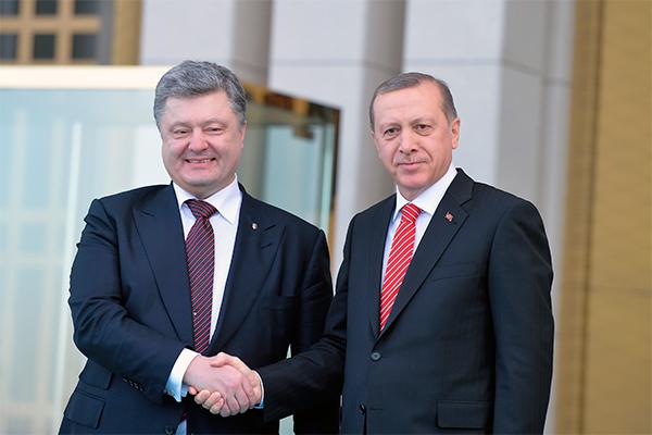 «Порошенко нас продал туркам и арабам»: послесловие к визиту президента Украины в Турцию