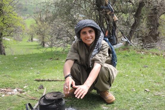 """Хозяйка гор"", курдская партизанка"