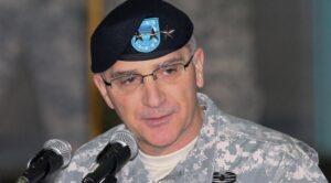 """Новый главком НАТО в Европе призвал готовиться к борьбе с """"возрождающейся"""" Россией"""