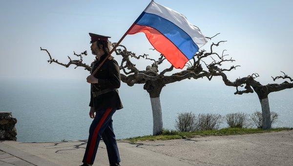В Крыму призвали Порошенко прекратить распоряжаться территорией России