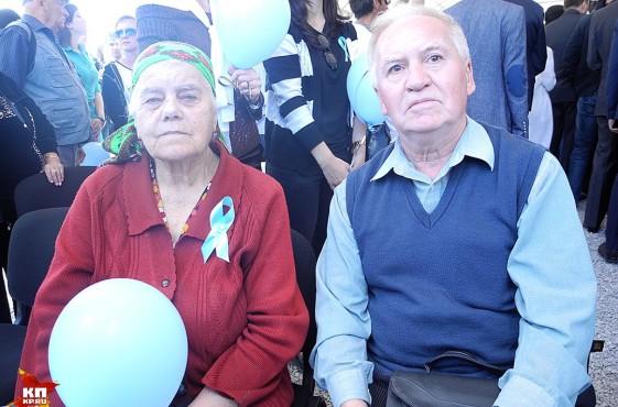 Рассказы крымско-татарских бабушек, которые и спустя 72 года плакали, вспоминая, как их семьи вывезли в Узбекистан, вызвался переводить один хороший человек, Рустем Халилович Сулейманов