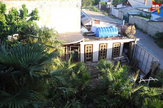 Вид с балкона дома родителей Джамалы