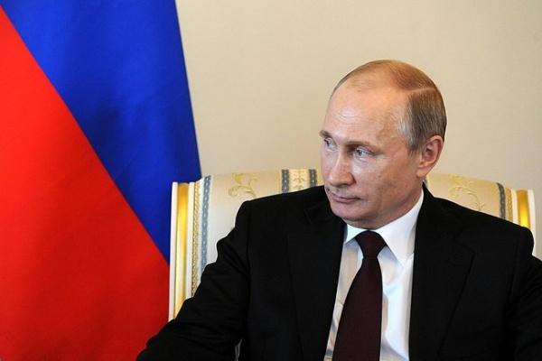 Игра на опережение: в преддверии выборов Путин перетасовал все карты элит